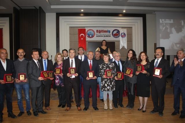 Eğitim İş Konya Şubesi 24 Kasım Öğretmenler Gününü Coşkuyla Kutladı