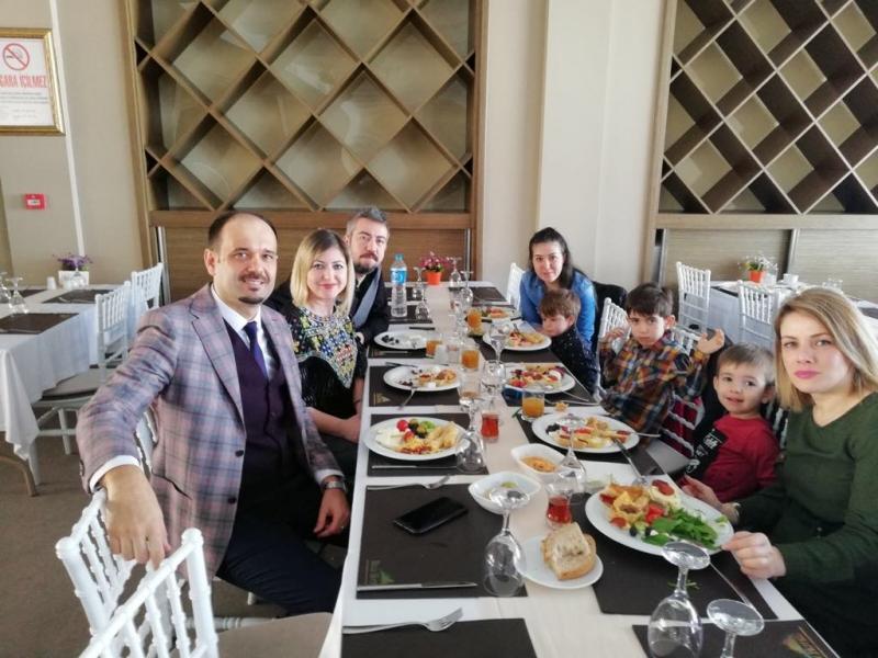 Eğitim İş Edirne Şubesi 8 Mart Dünya Emekçi Kadınlar Günü Nedeniyle Kahvaltı Düzenledi