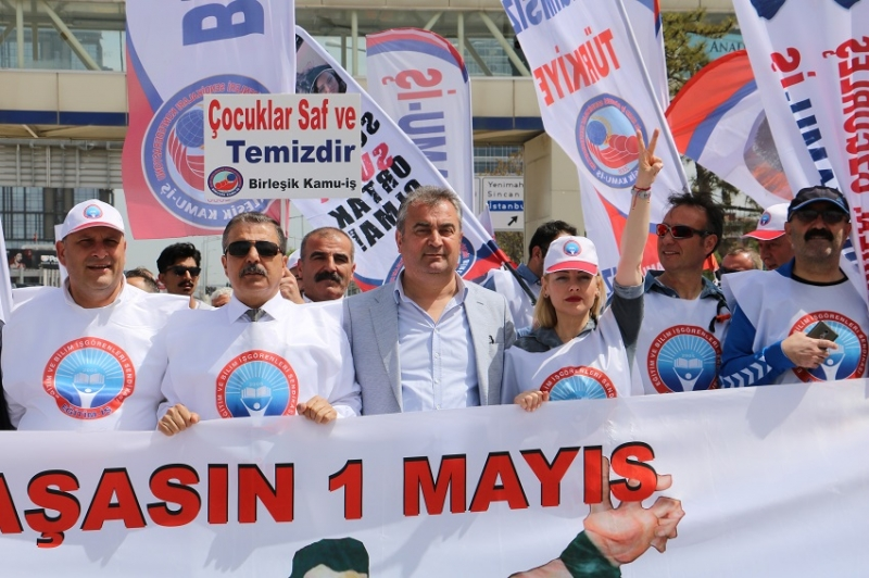 EĞİTİM İŞ 1 MAYIS'I TANDOĞAN MEYDANINDA KUTLADI
