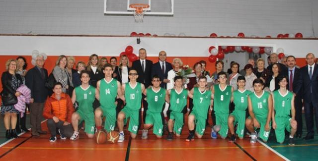 Bakirköy Anadolu Lisesi Spor Salonuna Kavuştu