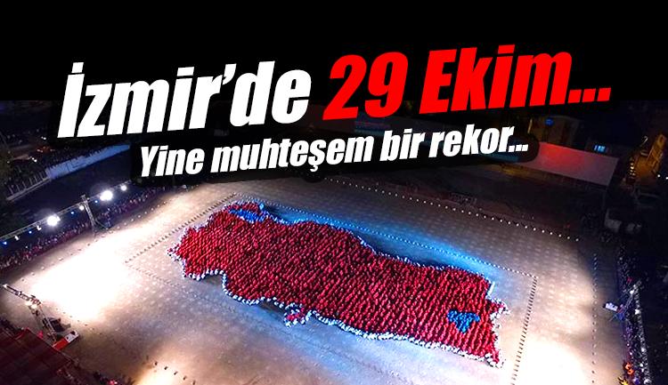 İzmir'de 29 Ekim Cumhuriyet Bayramı Kutlamaları