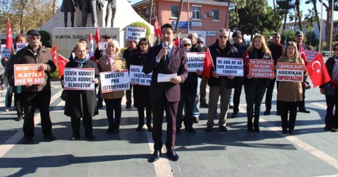 'Türk Bayrağı asarak tepkimizi gösterelim'
