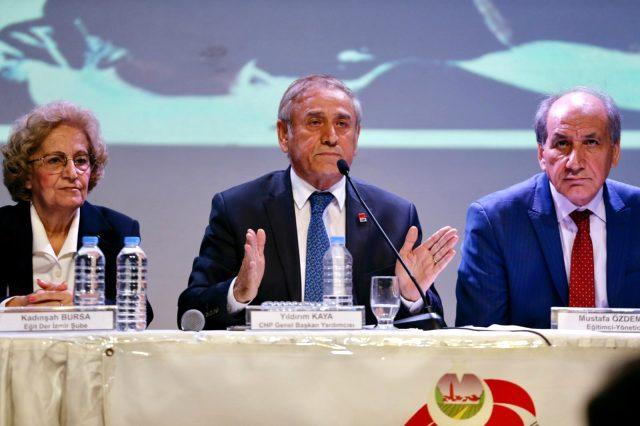 'Türkiye'de Öğretmen Olmak' paneli