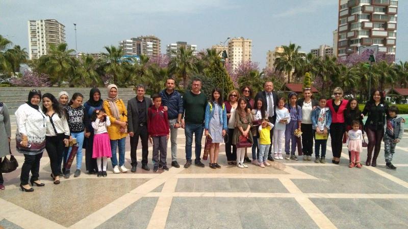 """Eğitim İş Mersin Şubesi """"Atatürk ve Ulusal Egemenlik """" Konulu Kompozisyon Yarışması Düzenledi"""