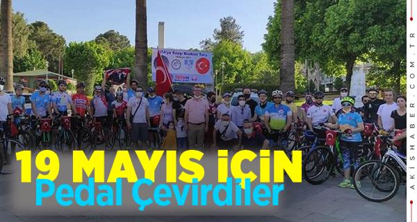 19 Mayıs'da  ATA'ya Saygı İçin Pedal Çevirip Tur Attılar