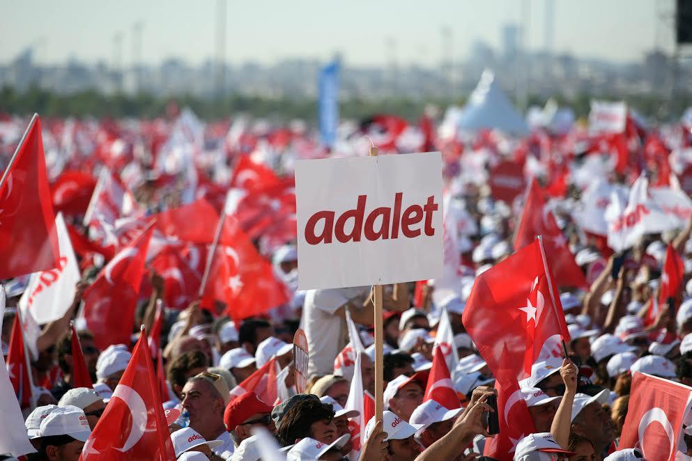-ADALET MİTİNGİ YABANCI MEDYADA BÜYÜK YANKI BULDU
